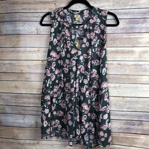 TRUE CRAFT Floral Sleeveless Tank NWT Size Small